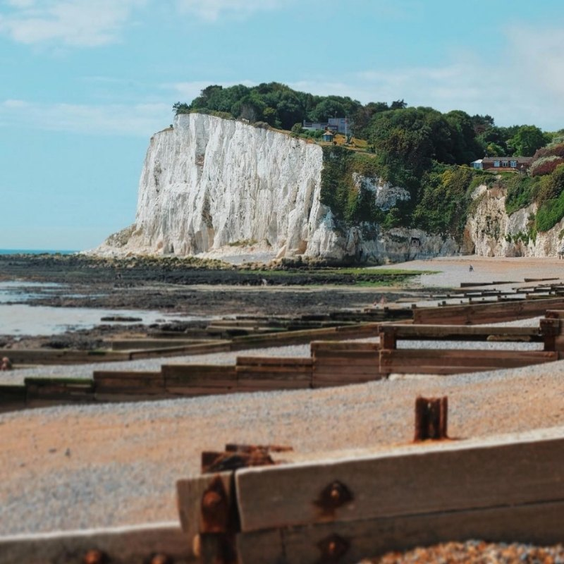 5 alternative viewpoints of The White Cliffs of Dover